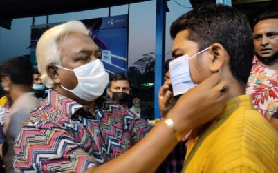 Distribution of FFL BD Foundation masks on the streets and launch docks of Barisal
