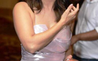 হট অ্যান্ড বোল্ড বলিউড ডিভা সানি লিওনির ছবি দেখে নিন